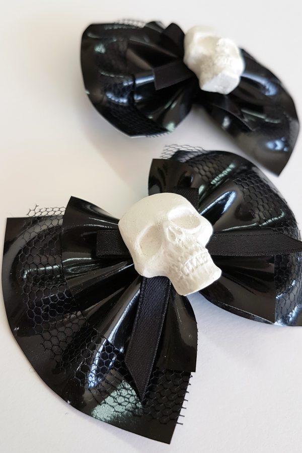 Bow Skull